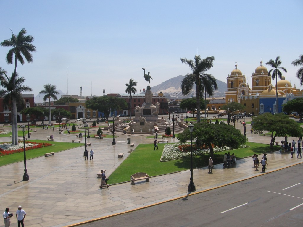 Plaza de Armas from the mayor's press conference balcony